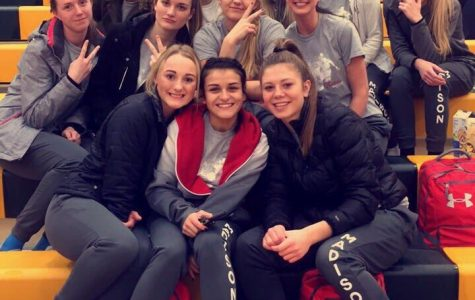MHS Girls Bracelets of Encouragement Helps Win Districts