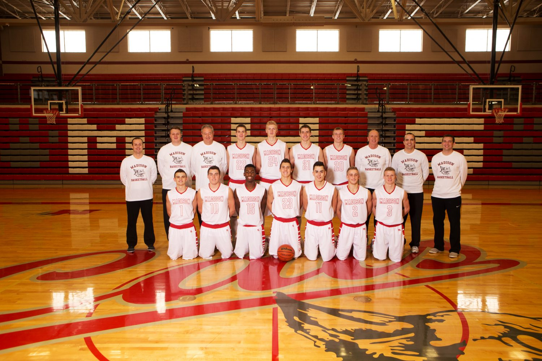 Photo+courtesy+of+Josh+Peterson+Photography%0ABoy%27s+Varsity+Basketball+Team+
