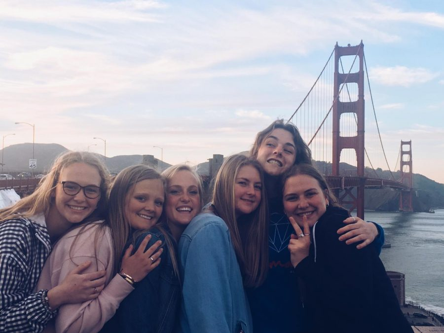 Girls+on+the+San+Francisco+Choir+trip.