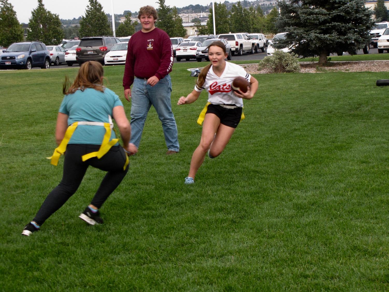 Jessie Parker going for a touchdown!
